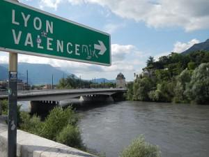 Faire du stop à Grenoble