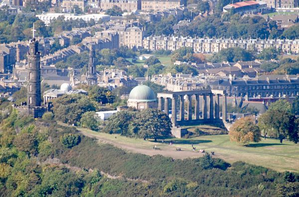 Photo de Calton Hill depuis Arthur's seat