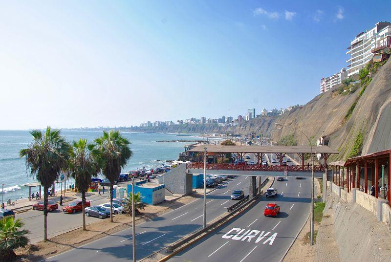 Bord de mer à Lima, itinéraire au Pérou