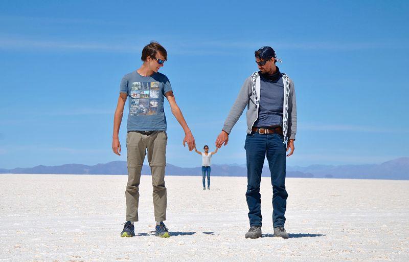 photographie dans le désert de sel d'Uyuni ou salar
