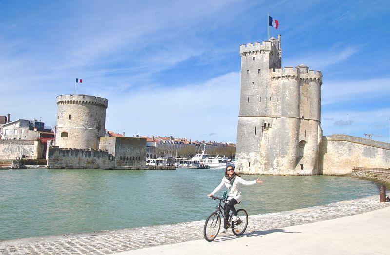 Balade à vélo sur le Vieux port de La Rochelle