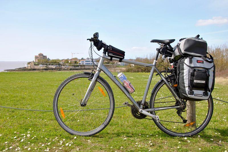 Sacoches de vélo pour un premier voyage pas cher