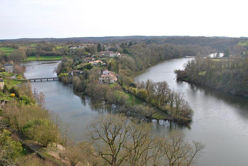 Rivière Mère autour de Vouvant