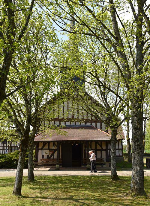 Eglise reconstruite dans le musée du lac ud der