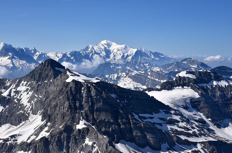 Vue sur le Mont Blanc depuis la Haute-Cime