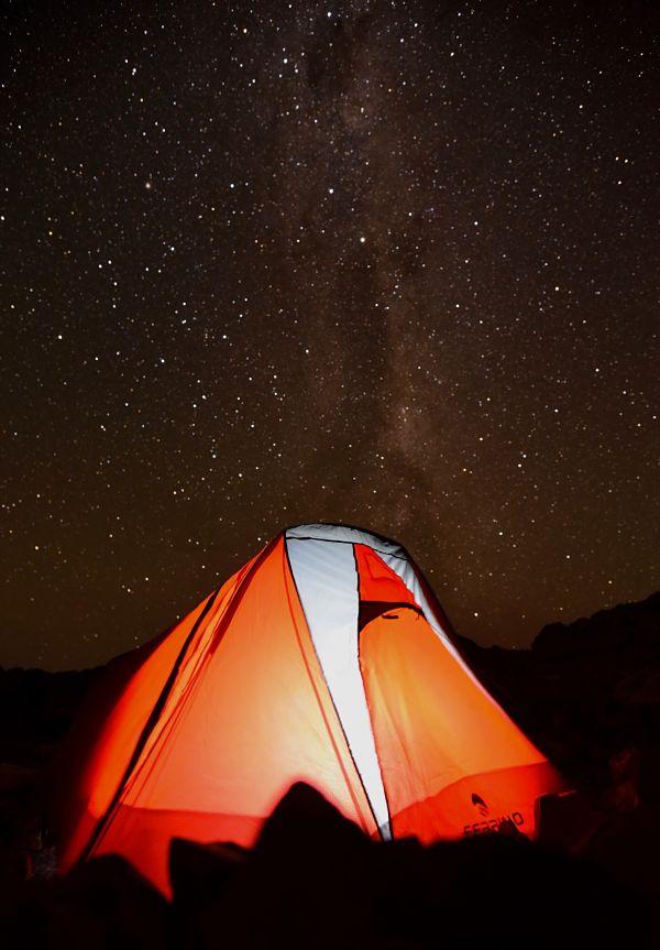 nuit en tente près du refuge mueller face au mont cook