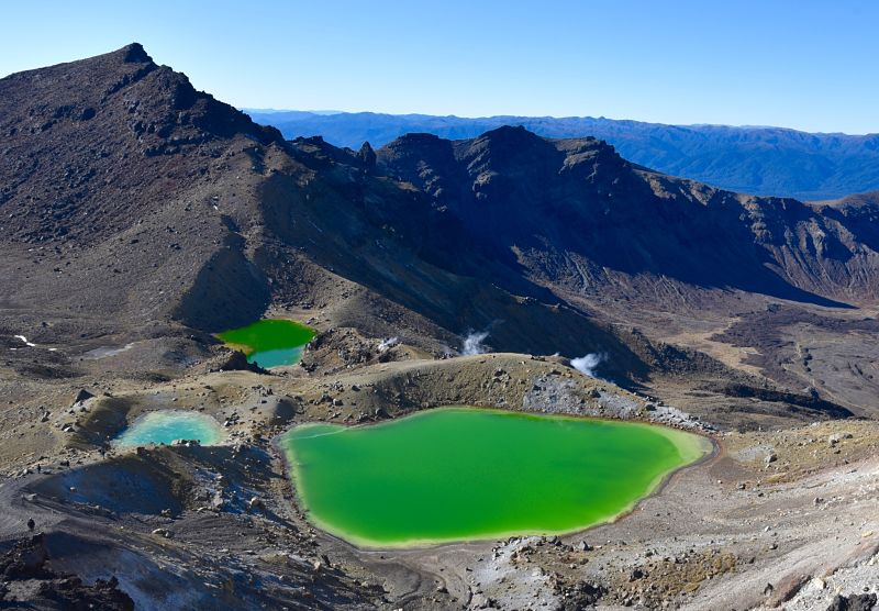 Lacs émeraudes sur le Tongariro Crossing et le Northern Circuit