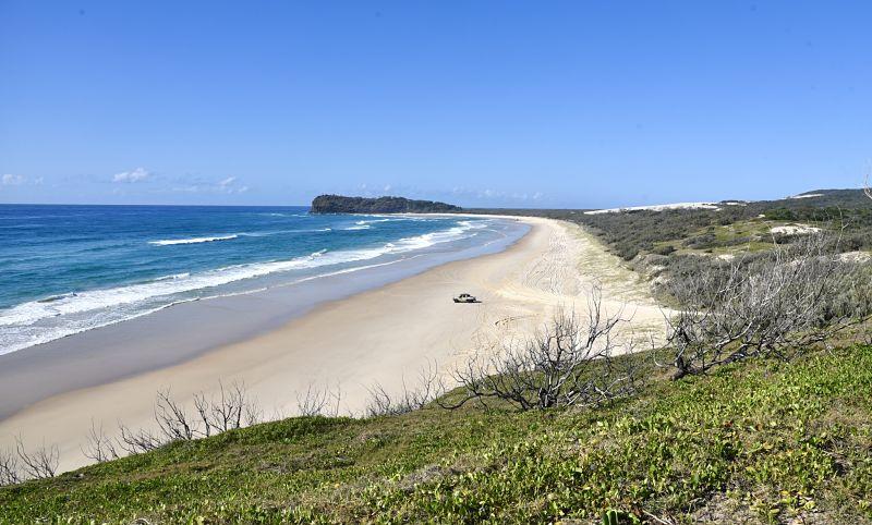 Rouler en voiture sur la plage en Australie à Fraser Island