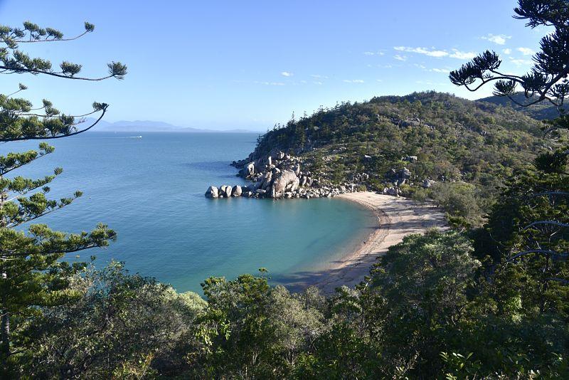 Arthur Bay depuis un point de vue sur Magnetic Island